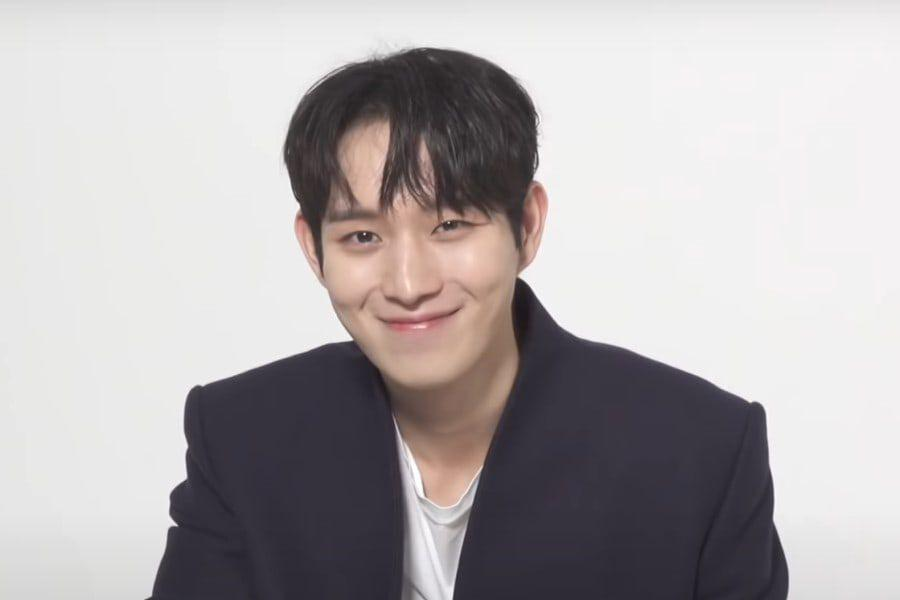 watch-kim-young-dae-answers-questions-about-his-preferences-the-penthouse-and-more-soompi